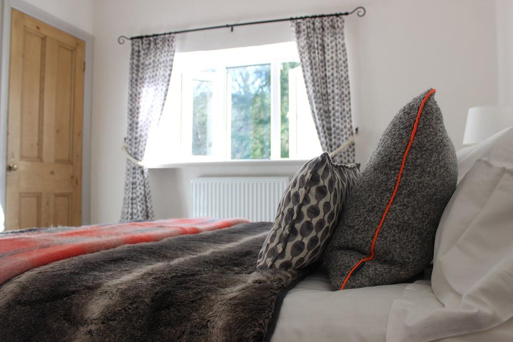 Groom's Cottage bedroom-5
